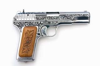 Видео Пистолет Гюрза